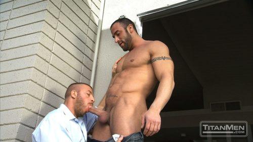 blowjob muscle men